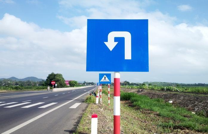 Cột biển báo giao thông và những thông tin chi tiết